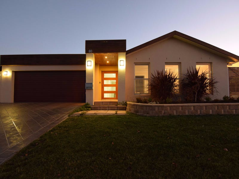 60 Darwin Drive, Llanarth, NSW 2795