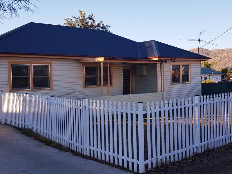 2 Cambridge Street, Tamworth, NSW 2340