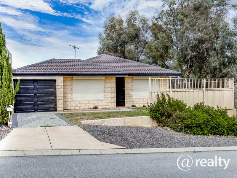 2 Oakham Way, Orelia, WA 6167