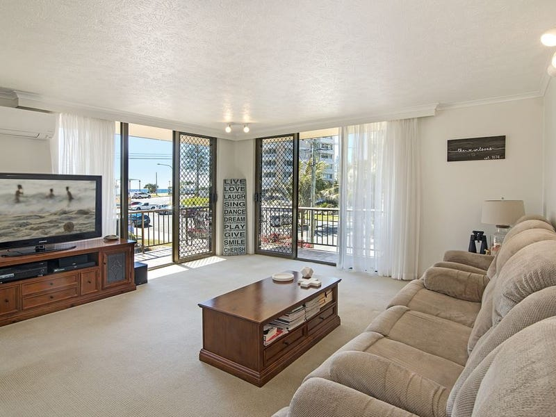 4/7 Ward Street, Rainbow Bay, Qld 4225
