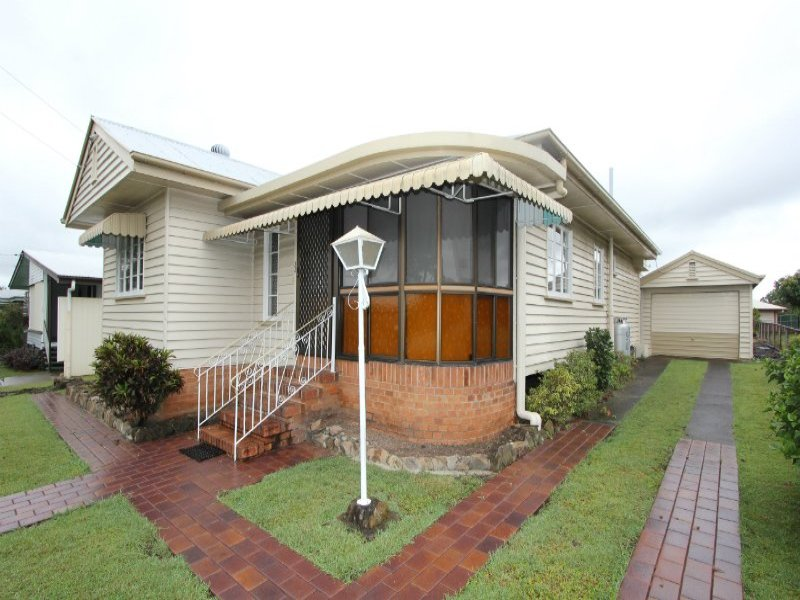 33 Dudleigh Street, Booval, Qld 4304