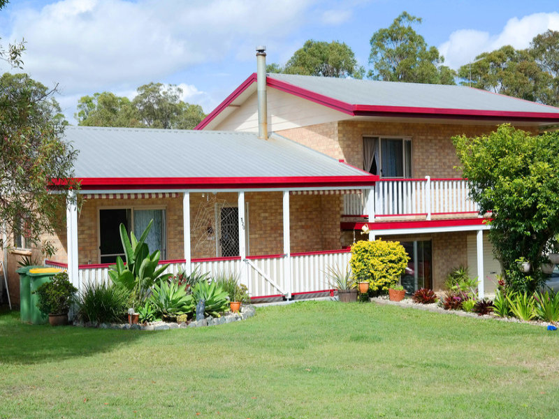 120 McIntosh Creek Road, Jones Hill, Qld 4570