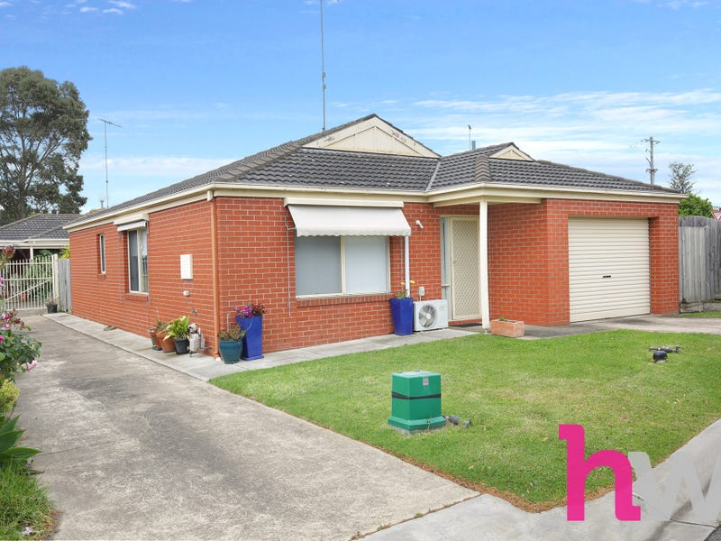 1/6 Lawless Court, Breakwater, Vic 3219