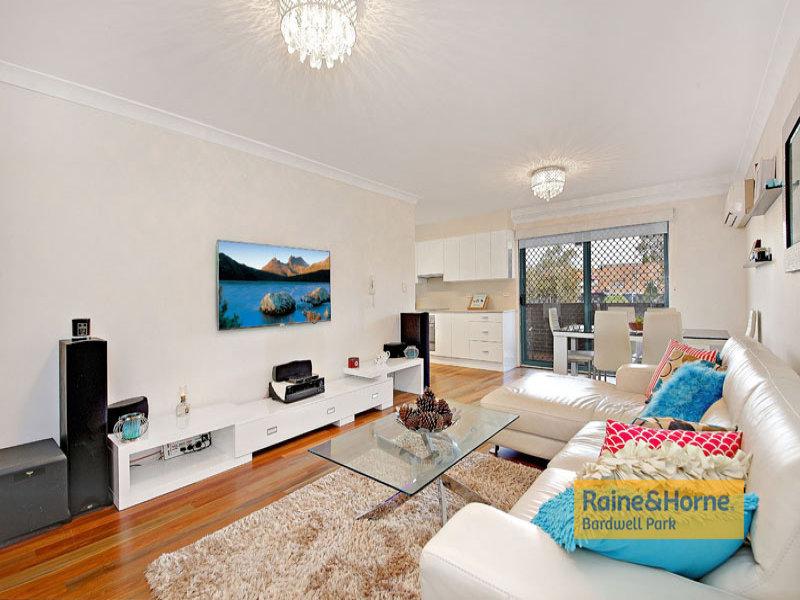 2/22-24 Sarsfield Circuit, Bexley North, NSW 2207