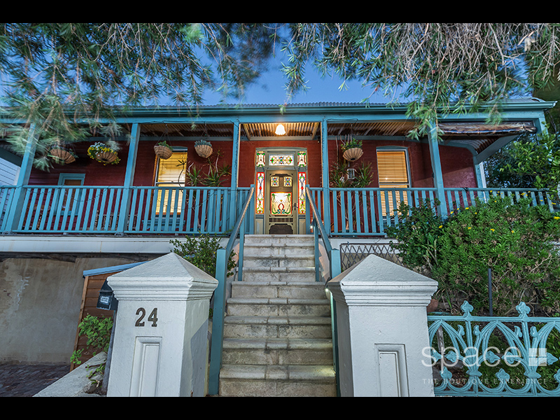 24 Pearse Street, North Fremantle, WA 6159