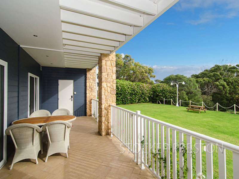 Unit 102/ 3- 18 Yallingup Beach Road, Yallingup, WA 6282
