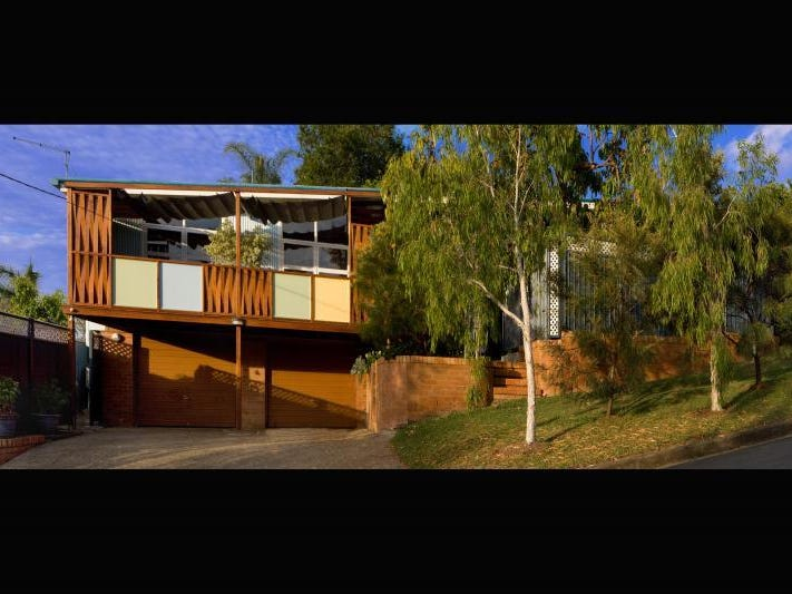 2/11 Fred Street, Red Hill, Qld 4059
