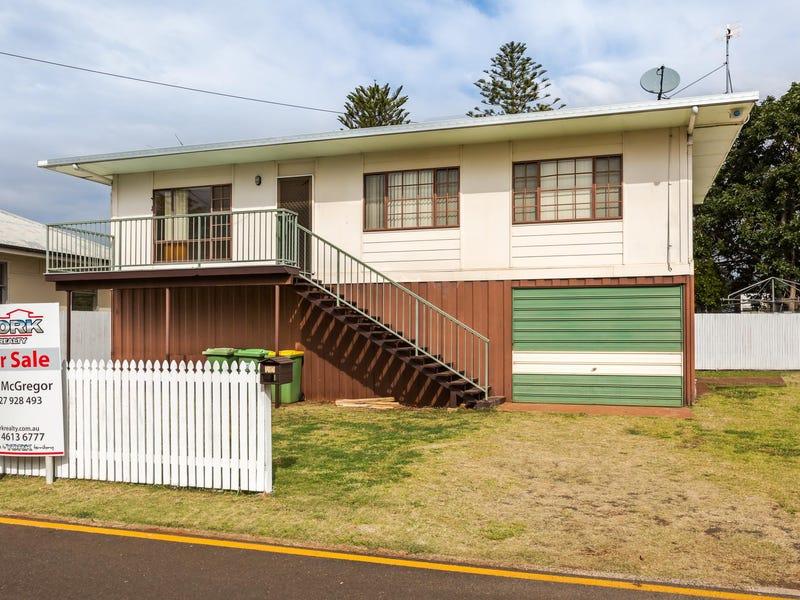 10 Frederick Street, East Toowoomba, Qld 4350