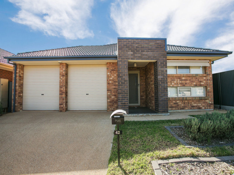 42 Swinden Crescent, Blakeview, SA 5114