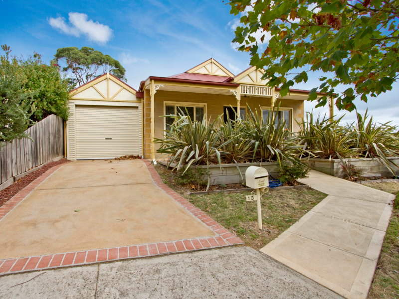 13 Lawson Court, Mornington, Vic 3931