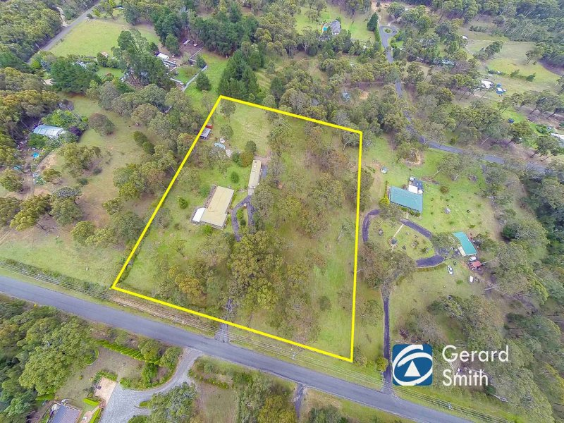 18 Elizabeth Way, Hill Top, NSW 2575