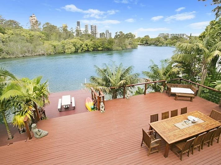 92 Savoy Drive, Broadbeach Waters, Qld 4218