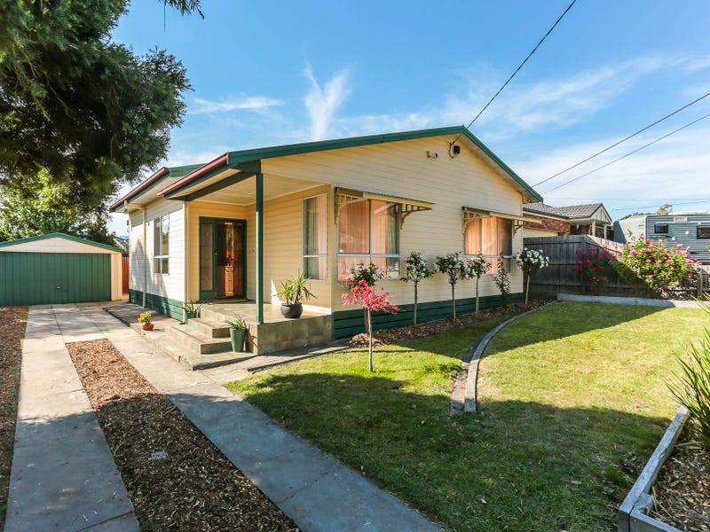 27a Pine Crescent, Boronia, Vic 3155