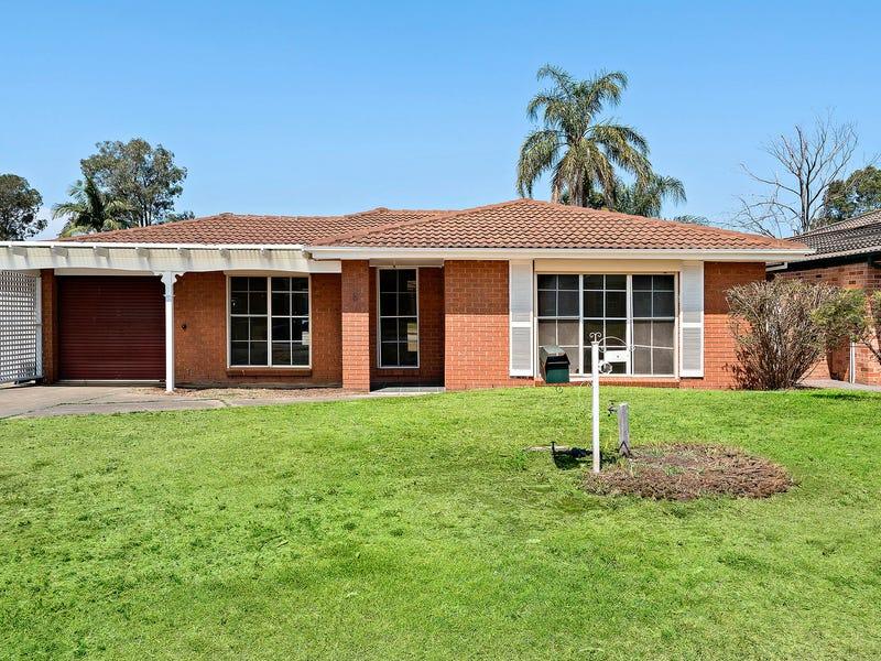 8 Skylark Crescent, Erskine Park, NSW 2759