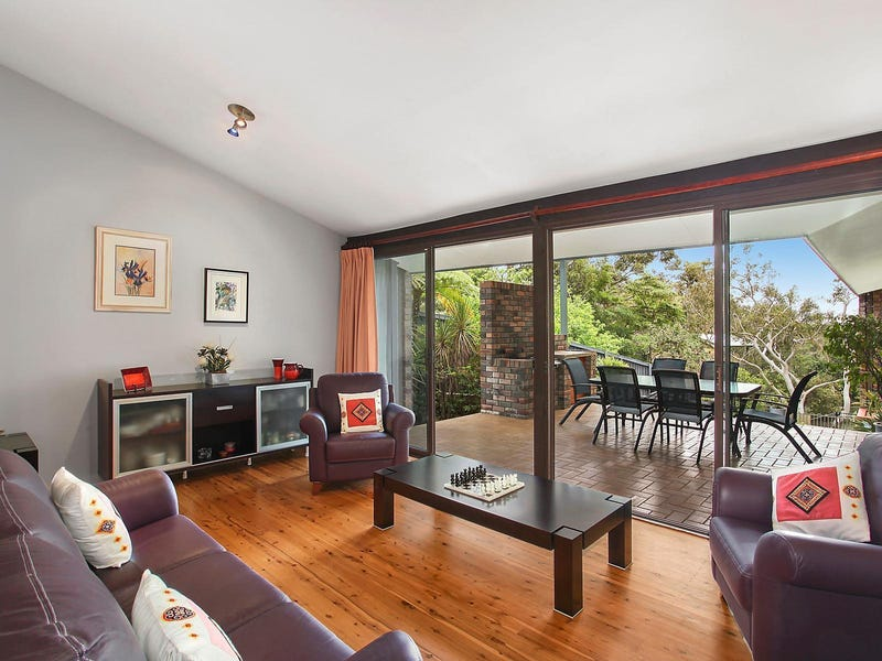 16 McKay Road, Hornsby Heights, NSW 2077