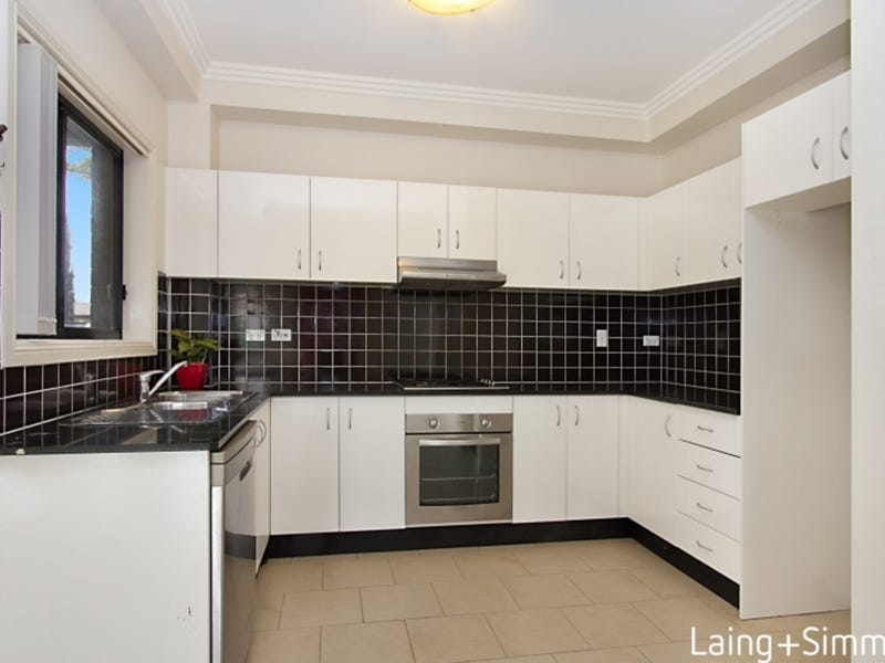 1/70-72 Hampden Road, South Wentworthville, NSW 2145