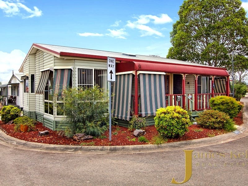 361 30 majestic dr stanhope gardens nsw 2768 house for sale 127110178 for Stanhope swimming pool opening hours