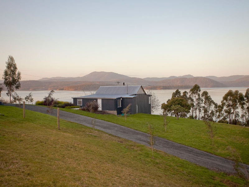 952 Esperance Coast Road, Police Point, Tas 7116