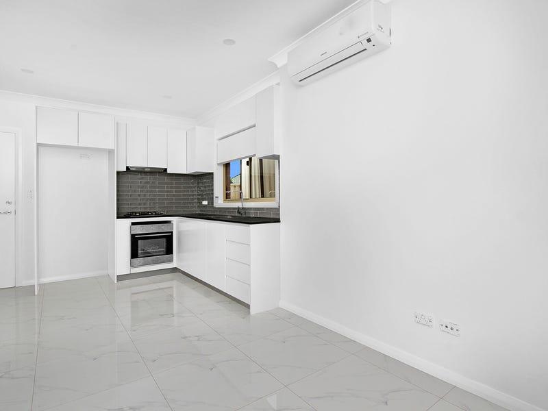 5A Saxonvale Crescent, Edensor Park, NSW 2176