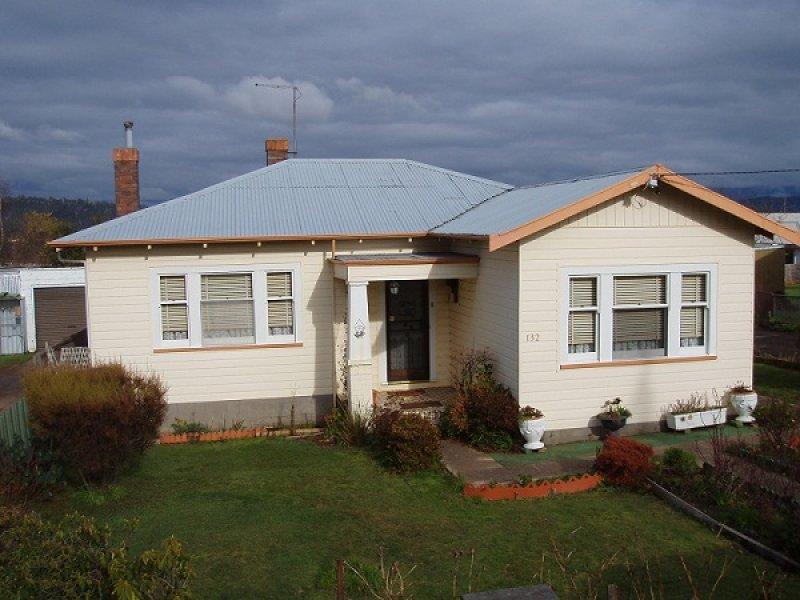 132 Emu Bay Road, Deloraine, Tas 7304