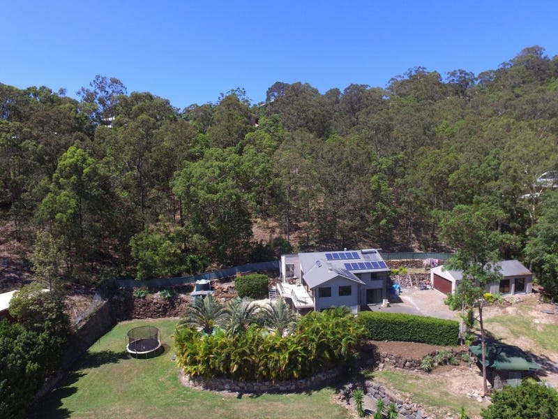8 Gough Place, Currumbin Waters, Qld 4223
