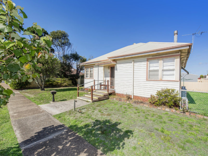 6 Cardigan Street, Stockton, NSW 2295
