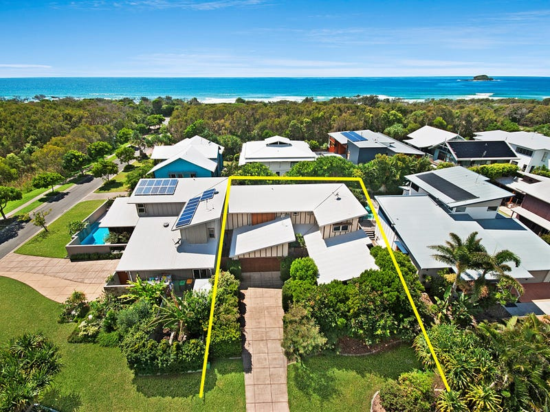 3B North Beach Place, Mudjimba, Qld 4564