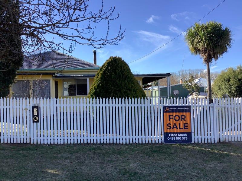 73 MANSE STREET, Guyra, NSW 2365