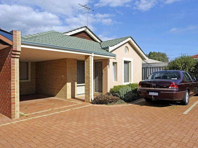 Unit 4/23 Royal Palm Drive, Warnbro, WA 6169