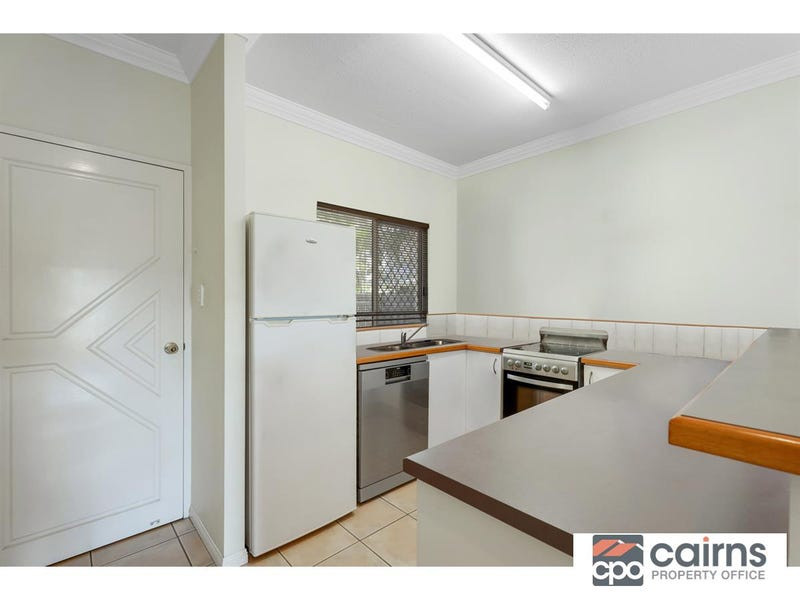 1/189 Spence Street, Bungalow, Qld 4870