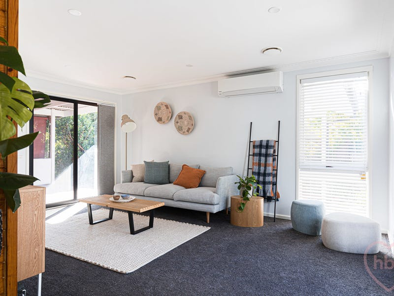 8 Newmarch Place, MacGregor, ACT 2615