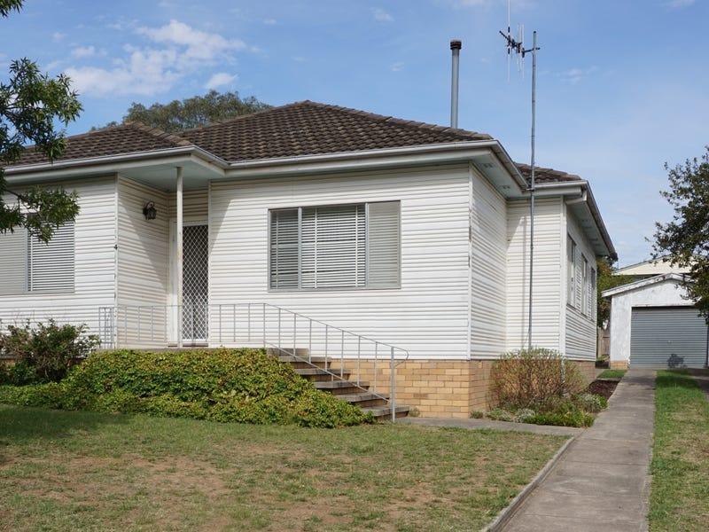 4 Godfrey Street, Goulburn, NSW 2580