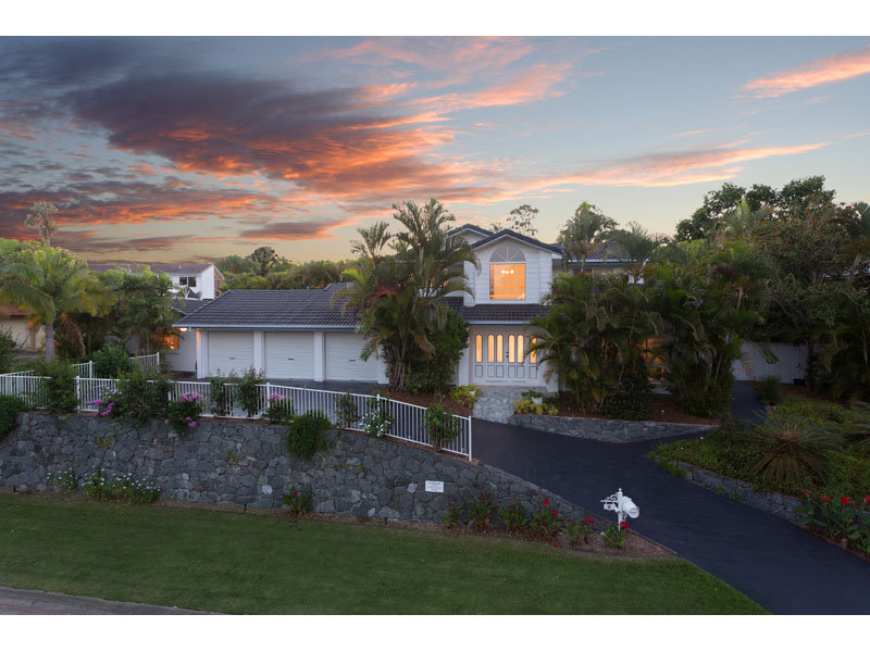 9 Chadston Close, Kenmore Hills, Qld 4069