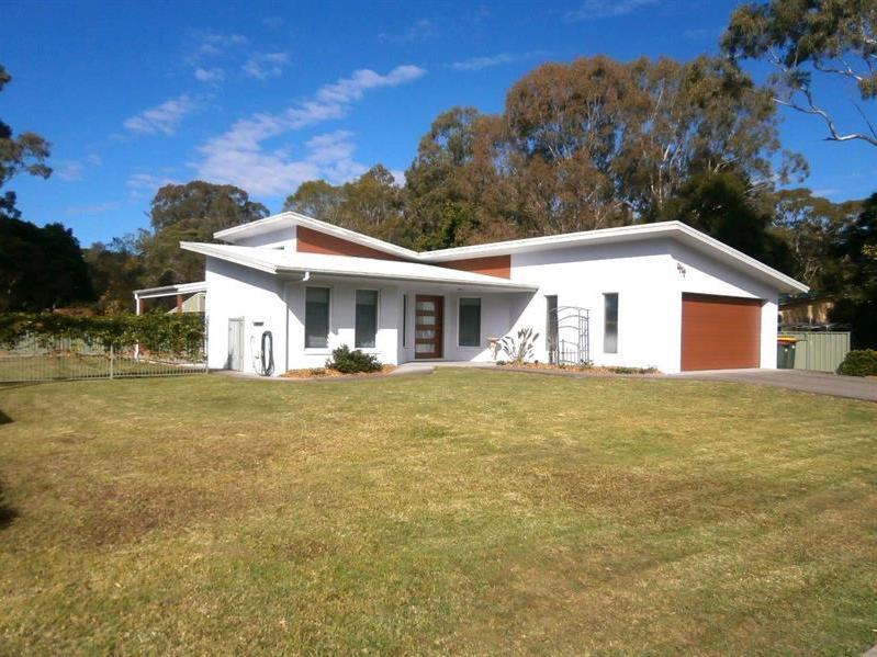 44 Clarkson St, Nabiac, NSW 2312