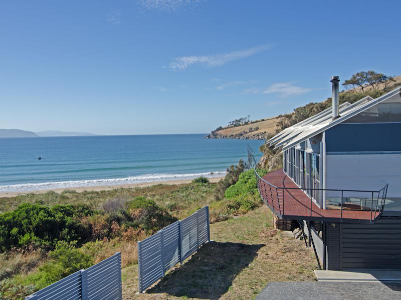 452 Clifton Beach Road, Clifton Beach, Tas 7020
