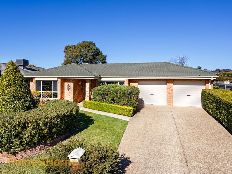 5 Gidgee Place, Glenfield Park, NSW 2650