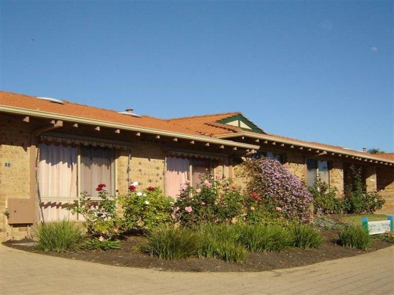 26/8 Lewington Gardens, Bibra Lake, WA 6163