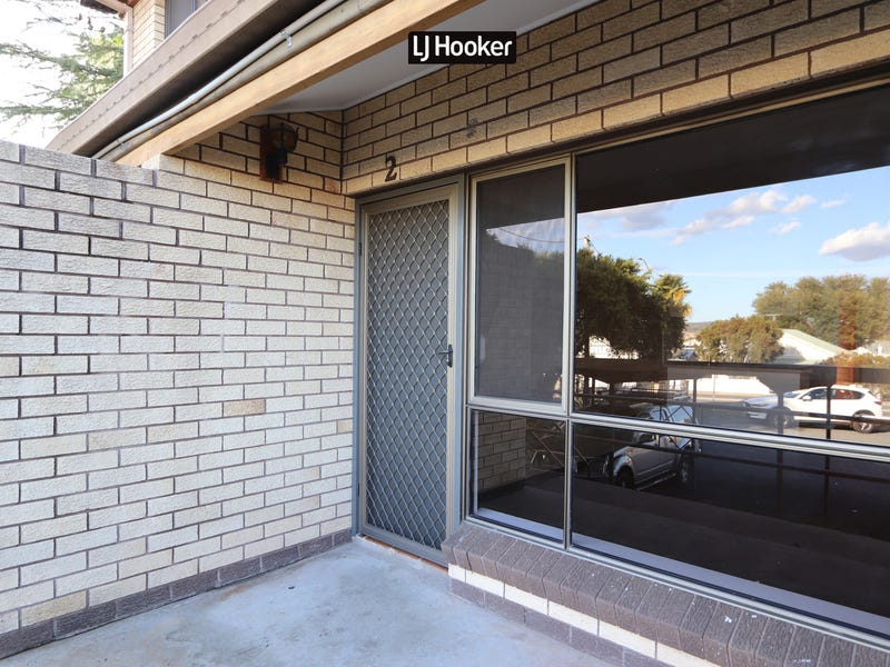 2/13 Warialda Road, Inverell, NSW 2360