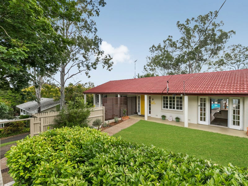 14 Rialanna Street, Kenmore, Qld 4069