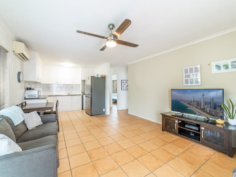 1/93 Queen Street, Southport, Qld 4215