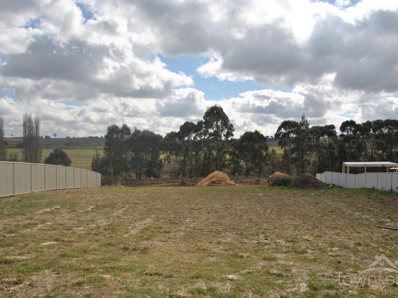 26 Johnston Crescent, Blayney, NSW 2799