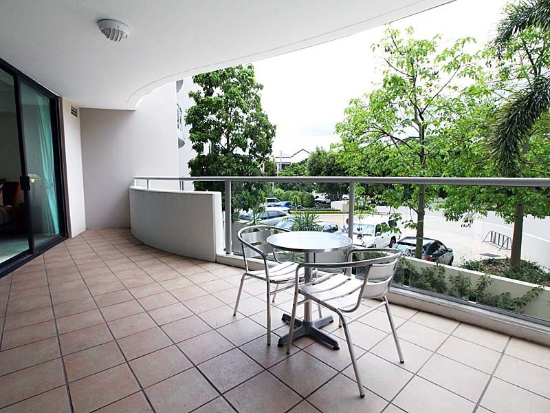 Australia 39 s largest list of properties to buy or rent for 54 vernon terrace teneriffe qld 4005