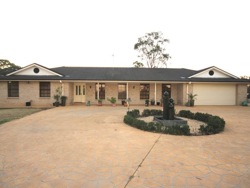 56-58 Warana Rd, Cecil Park, NSW 2178