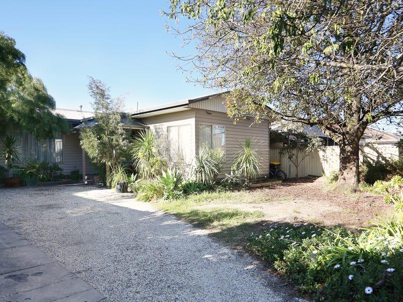 30 Hillcrest Road, Glenroy, Vic 3046