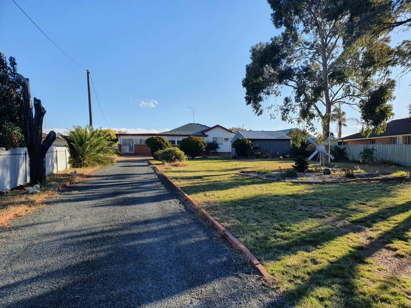 3 Coronation Avenue, Parkes, NSW 2870