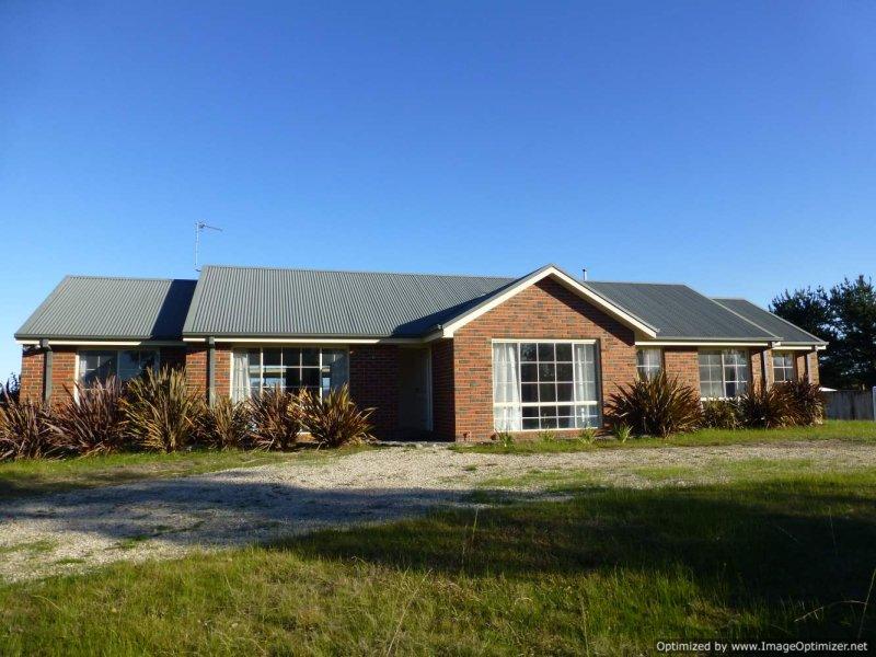 660 Waterholes Road, Clifton Creek, Vic 3875