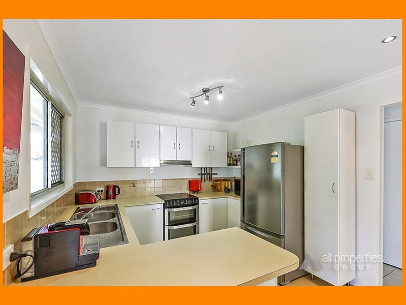 54 Mackellar Drive, Boronia Heights, Qld 4124