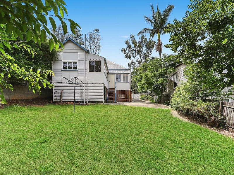 14 Darling Street, East Ipswich, Qld 4305