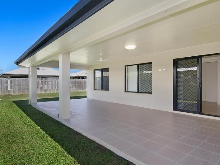 29 Currawinya Court, Bushland Beach, Qld 4818