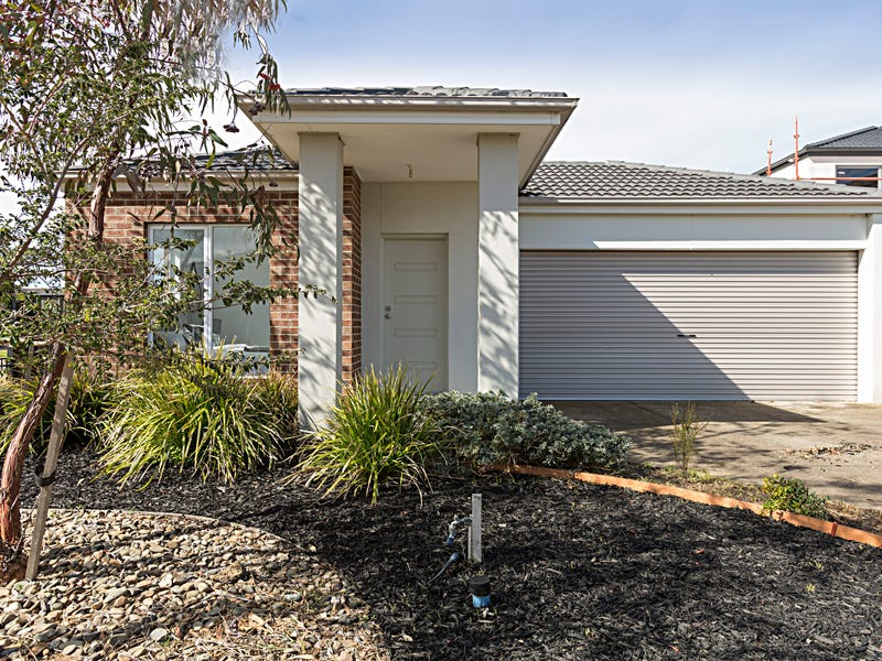 30 Derham Drive, Point Cook, Vic 3030